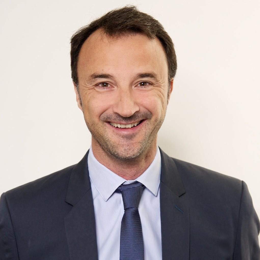 MAÎTRE EMMANUEL PÉRARD